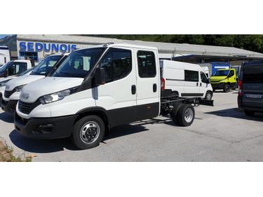 SEDU206_1366992 vehicle image