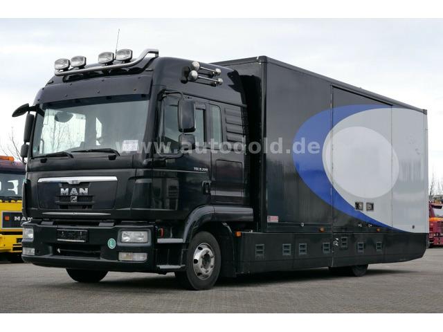 DOLD2821_1276494 vehicle image