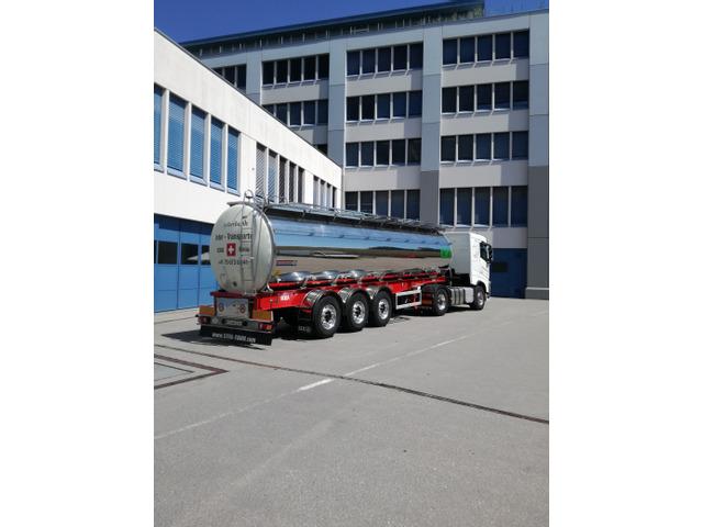 0185021 vehicle image