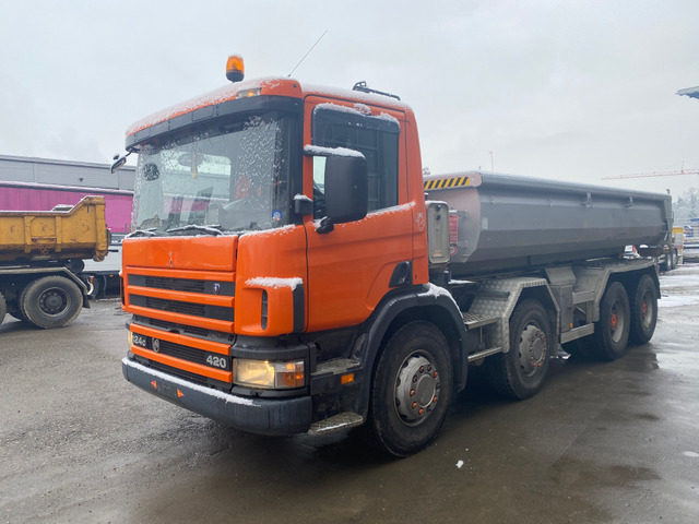 Jaku2764_1260869 vehicle image
