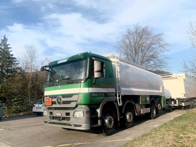 AGRO3463_1325190 vehicle image