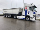 BW-M164_1358067 vehicle image