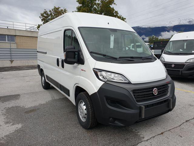 SEDU206_1222909 vehicle image