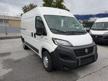 SEDU206_1222908 vehicle image