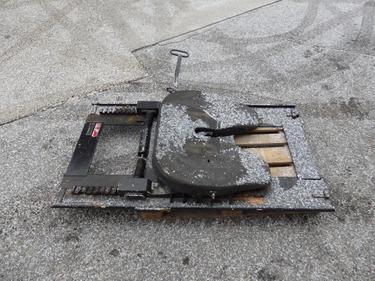 RENN6633_1281481 vehicle image
