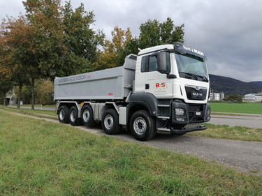 BFS260_1286770 vehicle image
