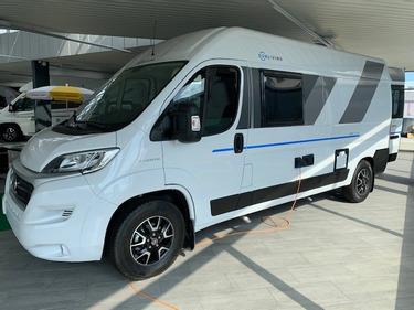 BASE719_1355584 vehicle image