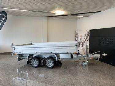 BASE719_1246949 vehicle image