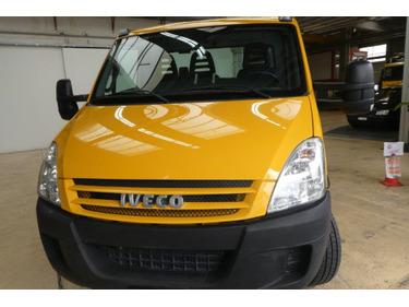 EURO7442_1368314 vehicle image