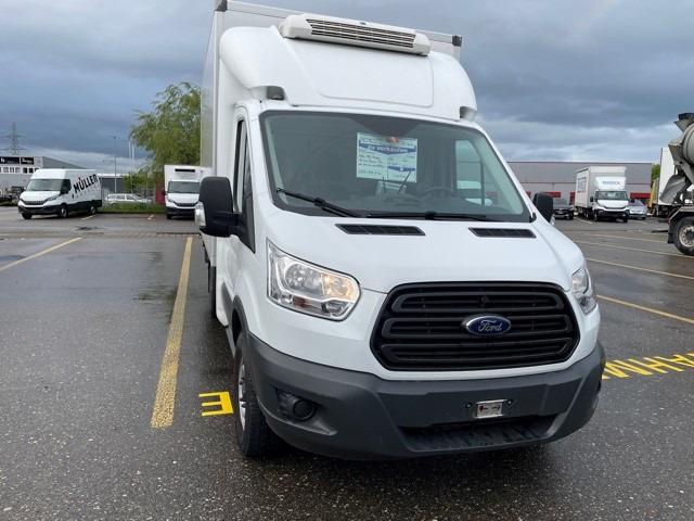 STUD177_1216847 vehicle image