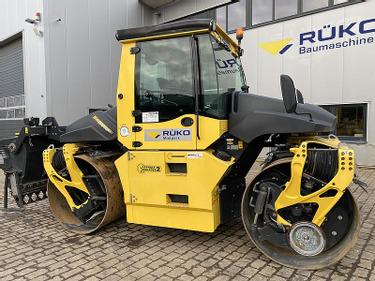 URAC7651_1340805 vehicle image