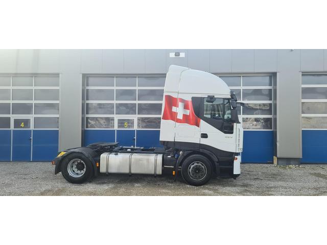 EDEL3159_1306445 vehicle image