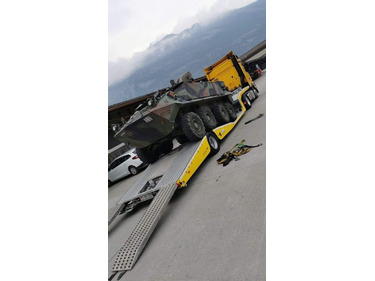 TOND7594_1340872 vehicle image