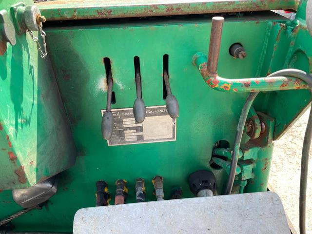 KEED2067_1312497 vehicle image