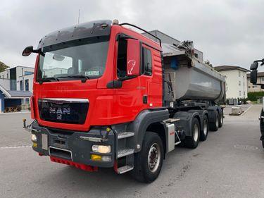 AGRO3463_1236477 vehicle image