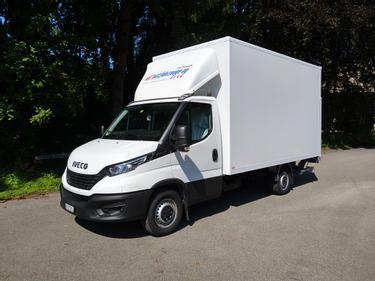 Urs11_380054 vehicle image