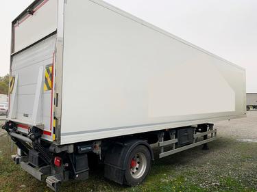 MAN126_1261334 vehicle image