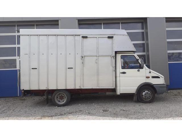 EDEL3159_1225414 vehicle image
